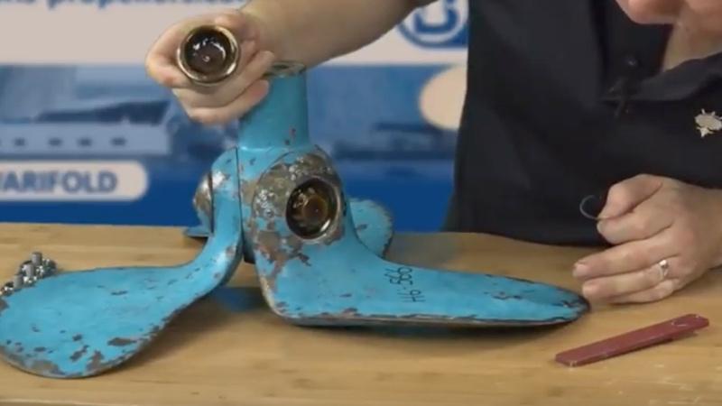 Autoprop H6 blade cap removed