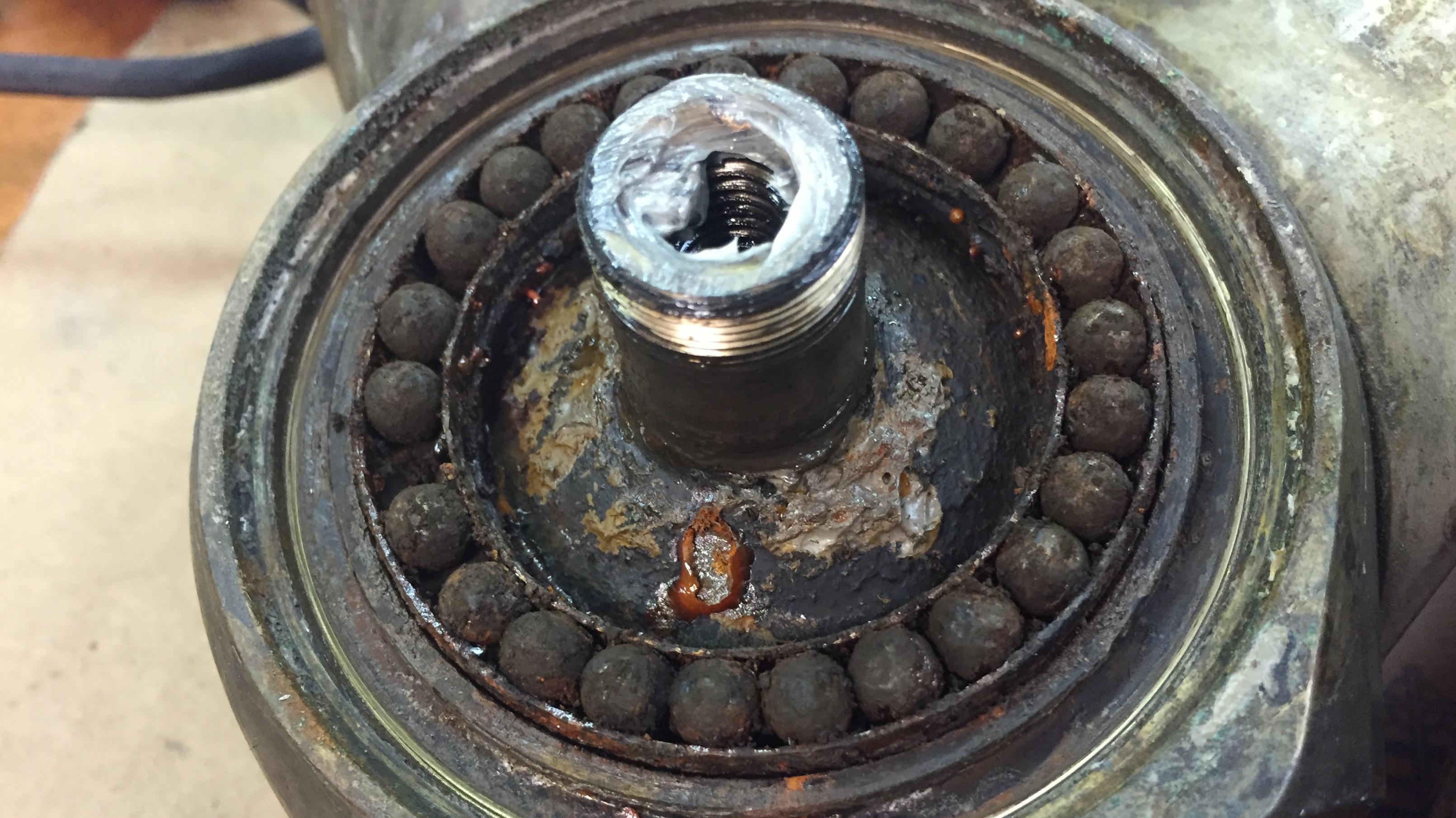 H6 Autoprop Rusty bearings